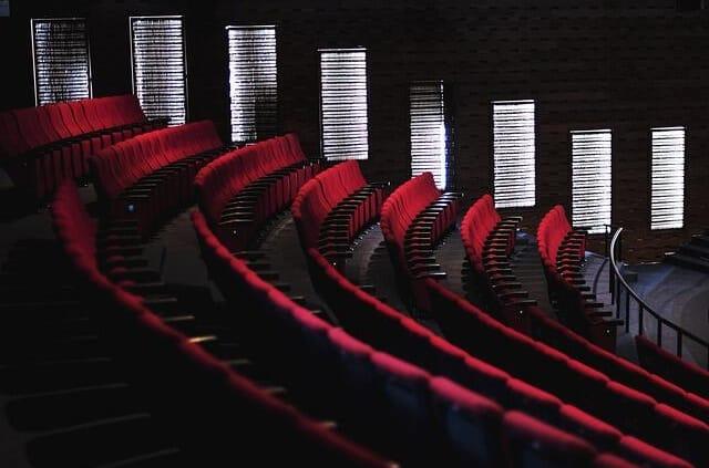 Erleben Sie mit Ihrem Escort Dortmund Udo Lindenberg in Konzert.