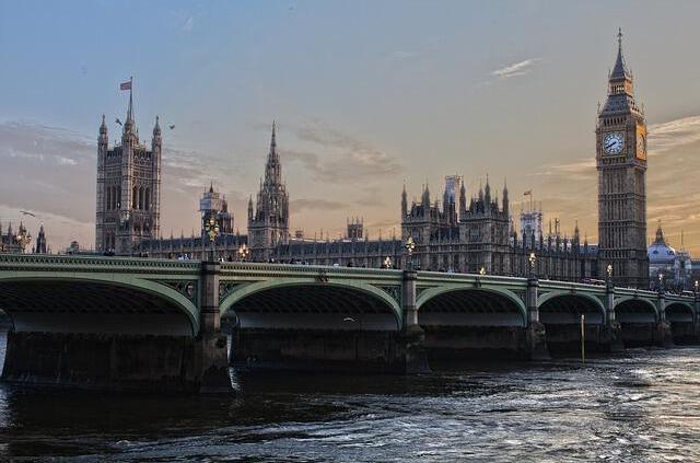 Wir von Sweet Passion Escort London planen gern einen tollen tag mit einer charmanten Escortdame für Sie.