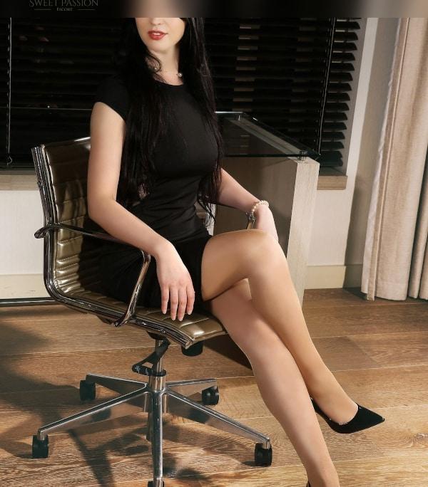 Lassen Sie sich von Sweet Passion Escort Lady Alcina aus Saarbrücken verzaubern.